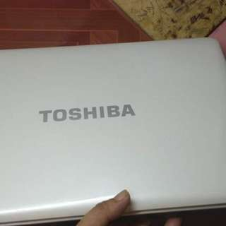 "Toshiba i3 laptop 15.6"""