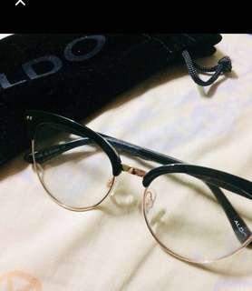 Aldo specs brand new