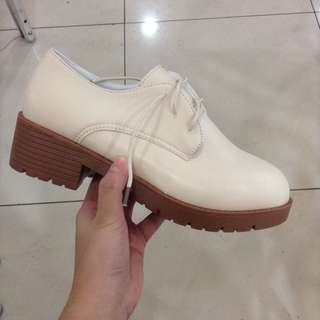REPRICED!! OXFORD SHOES