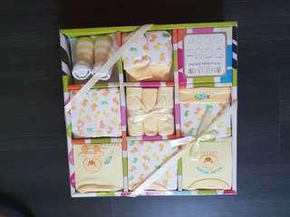 Shears 10-pc Baby Gift Set