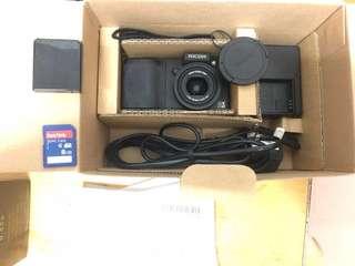 GX200 舊相機一部 新淨小用 100%work full set有單