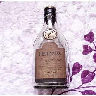 80's 怡和代理Hennessy Cognac V.S.O.P吉樽一枝