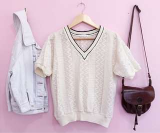 Knitted vneck top