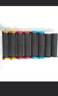 Clip on CNC colored handlebar grips