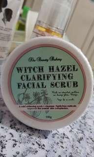 Witch Hazel clarifying facial scrub