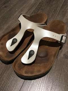 Birkenstocks Gizeh ivory off white thong sandals