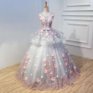 For sale Gray elegant floral ball gown