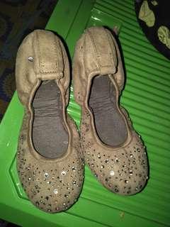FOR SALE BUTTERFLY TWISTS shoe's
