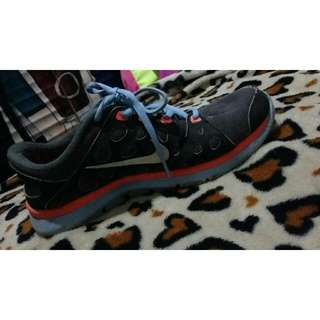 REPRICED: AUTHENTIC NIKE SHOES