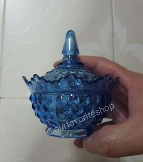 5 x Vintage Blue Plastic Container