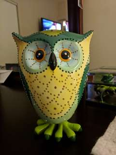 Ceramic bobble owl