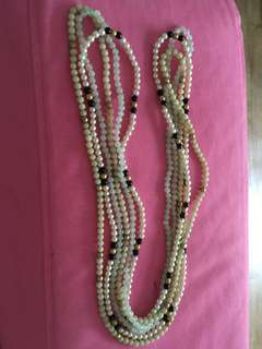 LONG BEADED CHAINS