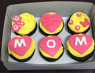 Pre Order Mother's Day Cup Cake