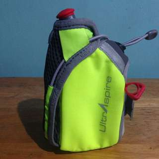 Handheld Water Bottle (UltrAspire/8oz)