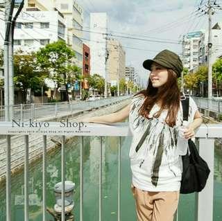 🚚 韓國 Discovery Island  蝙蝠袖 上衣 項鍊 羽毛
