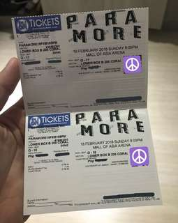 PARAMORE 2 Lower Box Tickets August 23