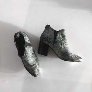 Steve Madden Ankle Booties - Size 7.5