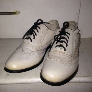 OXFORD SHOES PRELOVED