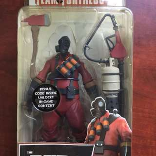 NECA team fortress 2 Pyro (extremely rare)