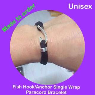 Paracord anchor / fish hook single wrap bracelet, free size (Paracord550 adjustable unisex man woman bracelet; still can customize to wrist for good fit) [gifts uncle.anthony uncle anthony uac] FOR MORE PICS & DETAILS, 👉 http://carousell.com/p/163752458