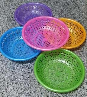 Set of 5 Colorful Plastic Baskets