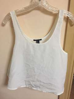 Forever 21 Cropped Top in White (Size M)