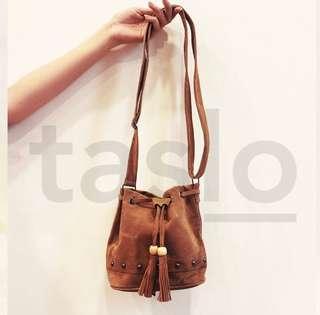 Sling bag miniso