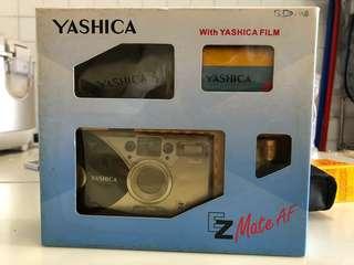 Yashica antique camera set