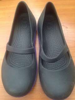 Crocs black doll flat shoes original