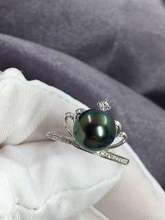 大溪地孔雀綠戒指💍9-10mm 無瑕極光鏡面孔雀綠 款式很好看 👑加冕 18K鑲嵌鑽石
