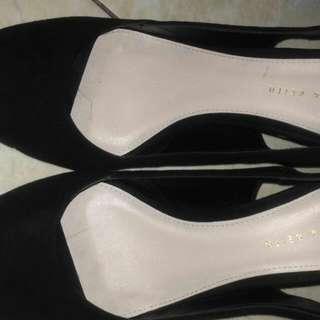 Sepatu Heels Charles Keith
