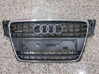 Audi A4 B8 Original Grille