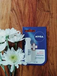Authentic NIVEA Med Repair SPF 15 Lipbalm