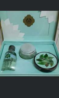 The body shop- Green Tea Box Package