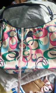 Authentic coach...almost bnew...stock n lang