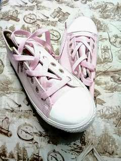 Pair-of-pink-and-white-low-top-shoe