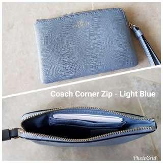 Coach Corner Zip