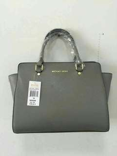 Michael Kors lady Hand bags Class A