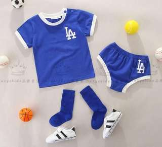 [FULL SET] BASEBALL ATTIRE SET top + bottom + socks + hairband ALL IN ONE!