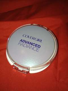 CoverGirl Advanced Radiance Powder