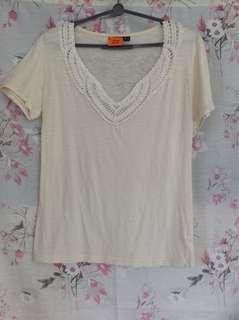 Mexx cream colored shirt, lace on neckline