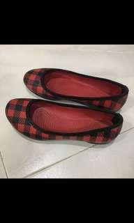 Girl's Shoe
