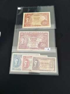 Rare malaya note selling as full set