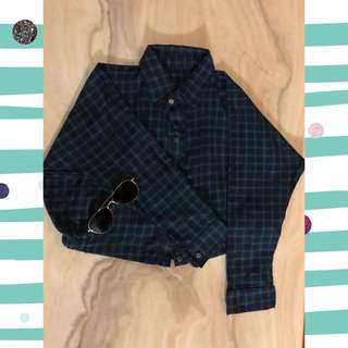 Cropped checkered long sleeves