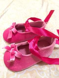 Carter's桃粉紅嬰兒芭蕾舞鞋