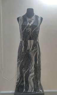Maldita Stretchable Midi Dress