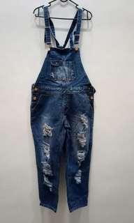 Overall Ripped Jeans Big size nya orang Korea