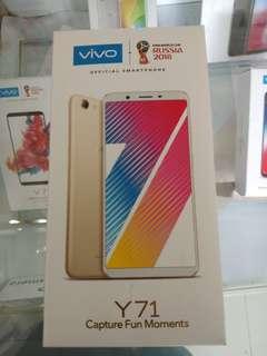 Vivo Y71 ( Black and gold )