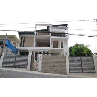 3 Storey Residential Building / House and Lot  FILINVEST II Batasan Quezon City