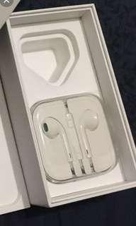 Apple Authentic Earphones with Mic
